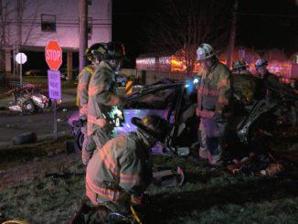 Horrific car crash injures 2